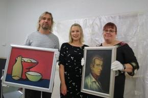 Museot kutsuivat poliitikotkylään